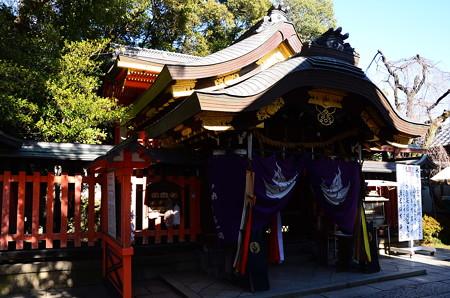 満足稲荷神社本殿