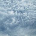 気味の悪い雲