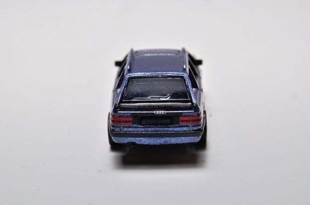 サントリーボス_アウディコレクション Audi 100 Avant_005