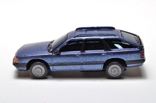 サントリーボス_アウディコレクション Audi 100 Avant_003