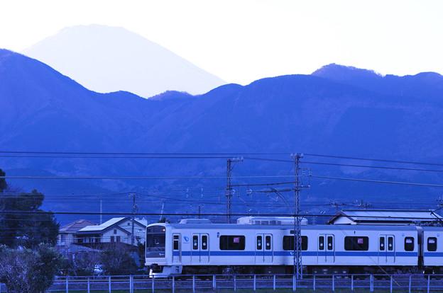 3000形電車と富士山