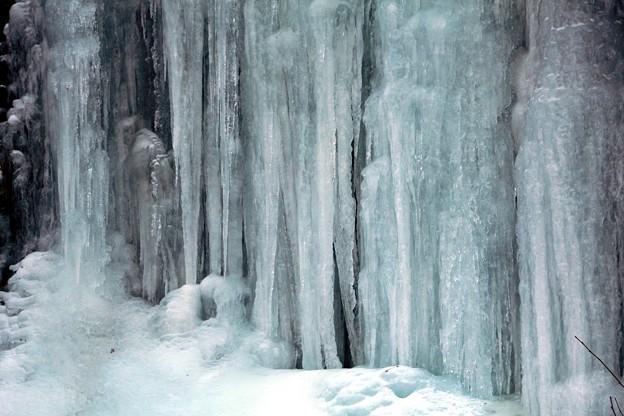 氷瀑のカーテン
