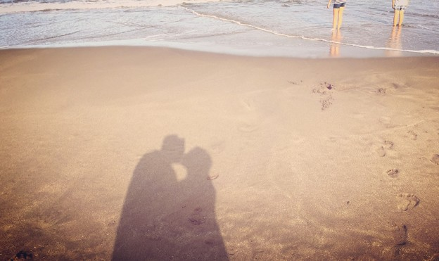 Sandy toes and salty kisses♪