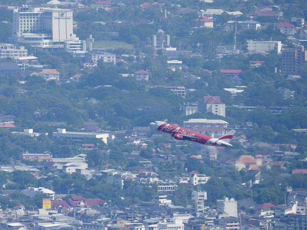 写真: ドイステープからチェンマイの街を展望する P1140126_RS