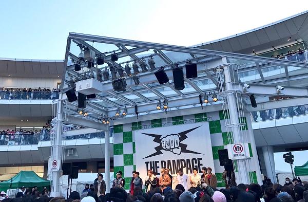 「THE RAMPAGE」ラゾーナ川崎で8,000人を魅了!メンバーが感極まり涙!