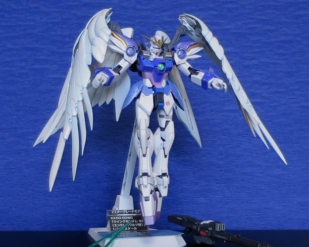 15 MG. Wing Gundam Zero EW  XXXG-00W0