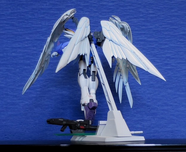 08 MG. Wing Gundam Zero EW  XXXG-00W0
