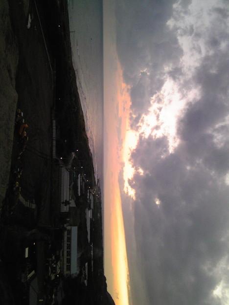 写真: ベランダから~夕暮れ〓