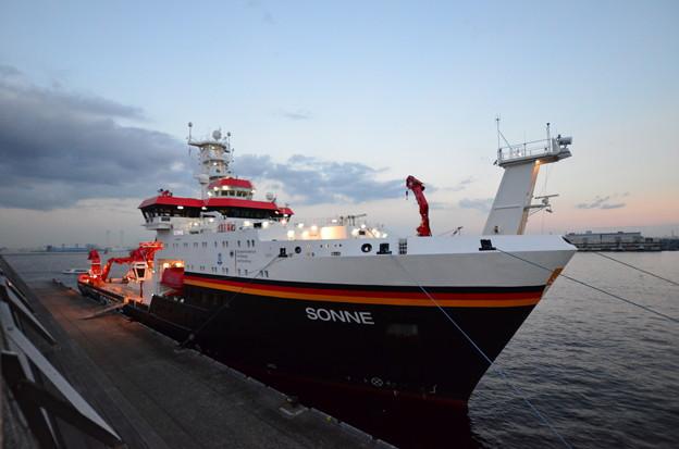 ドイツの海洋調査船「ゾンネ」