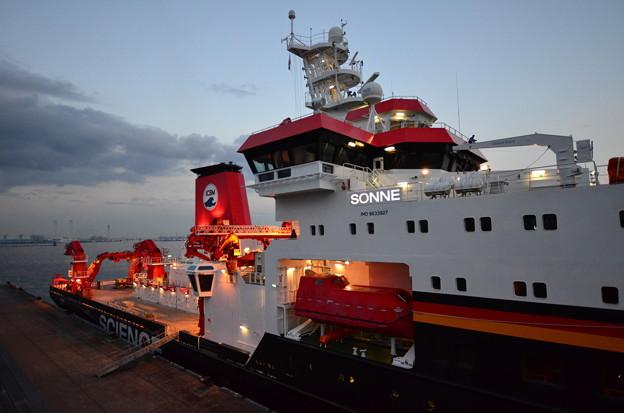 ドイツの海洋調査船「ゾンネ」2
