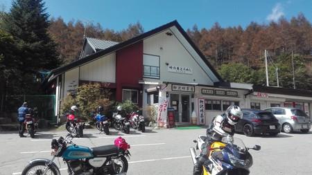 柳沢峠の茶屋