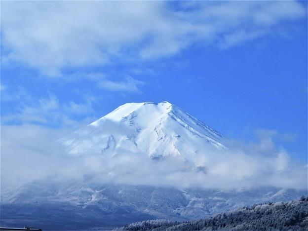 写真: 富士山 静かに