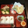 写真: 惣菜を買って「京町家錦上ル」に持ち込もう! 麩屋町通、錦市場から...