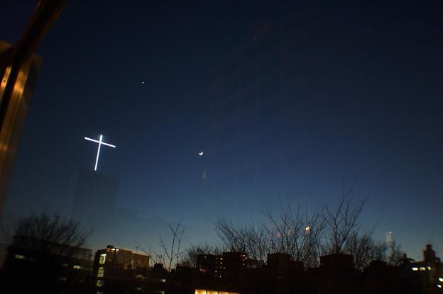 三日月に十字架