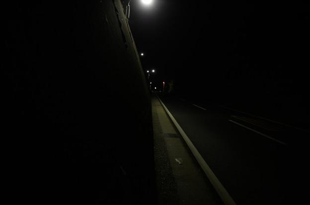 夜の坂道1
