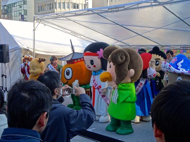 旅まつり名古屋 2015 No - 061:沢山の奈良県キャラによるステージイベント