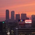 写真: 愛知芸術文化センターから見た夕焼け - 2:名駅ビル群