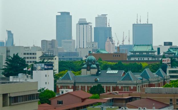 写真: 名古屋高速から見えた、名古屋市政資料館・愛知県庁・名駅ビル群 - 2