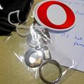 写真: Opera 37リリース記念「広告ブロック機能の速度比較」コンテストの賞品 - 6:ステッカーとキーホルダー
