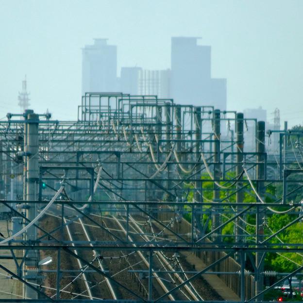 写真: 南大高駅:東海道本線越しに見えた、名駅ビル群 - 7