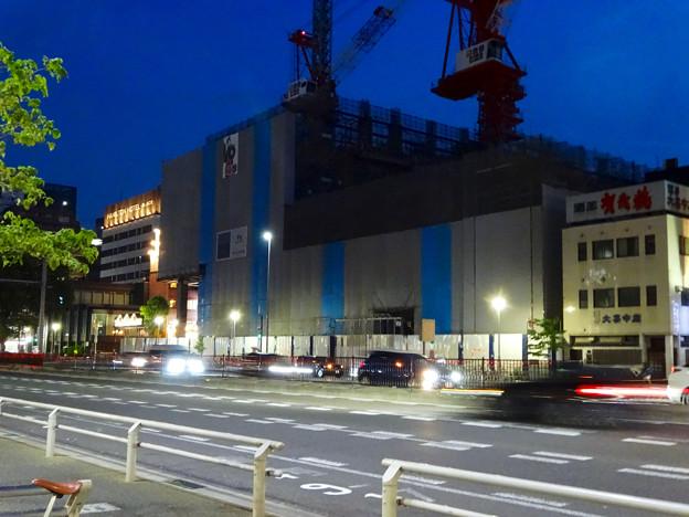 建設工事中の新「御園座」 - 2