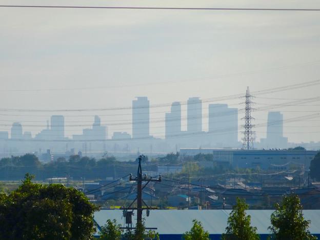 小牧市東部地区の高台から見下ろした、名駅ビル群 - 1