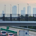 写真: 中央道上に架かる陸橋越しに見えた、名駅ビル群 - 3