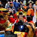 Photos: 大須大道町人祭 2016:夜の花魁(おいらん)道中 - 16(休憩&着付け等直し中)