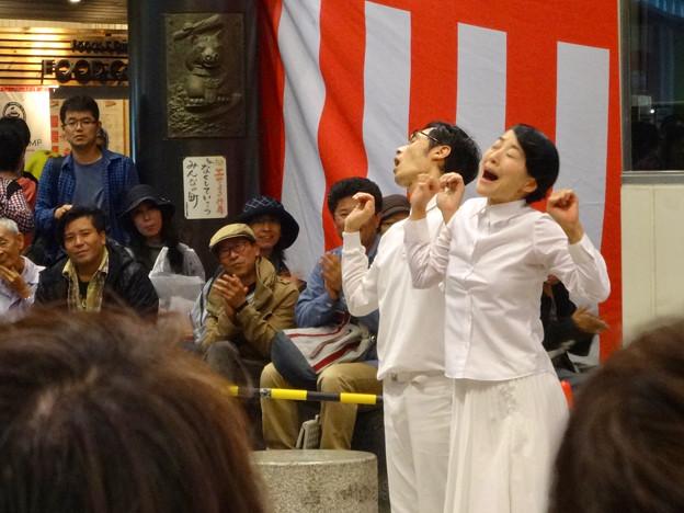 大須大道町人祭 2016 No - 73:パントマイマー「シルヴプレ」のパフォーマンス