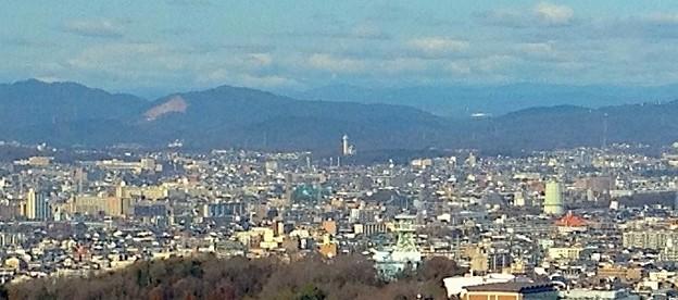 東山スカイタワーから見た「スカイワードあさひ」(2012年撮影)- 2