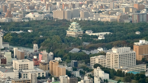 ミッドランドスクエア「スカイプロムナード」から見た景色(夕方) - 55:名古屋城