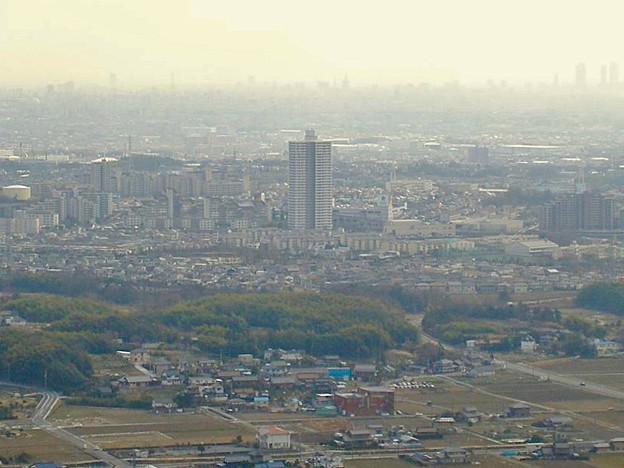 白山神社から見たスカイステージ33(2009年3月撮影) - 2