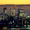 写真: アピタ高蔵寺店屋上から見た景色(夕暮れ時) - 2:王子製紙の煙突越しに見えた名駅ビル群