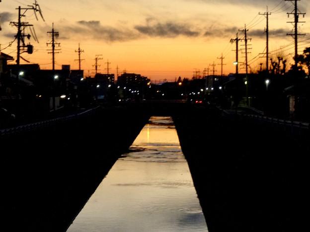 夕暮れ時の地蔵川 - 2