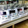 写真: Wii U中古価格 約2万8千円(2017年3月)