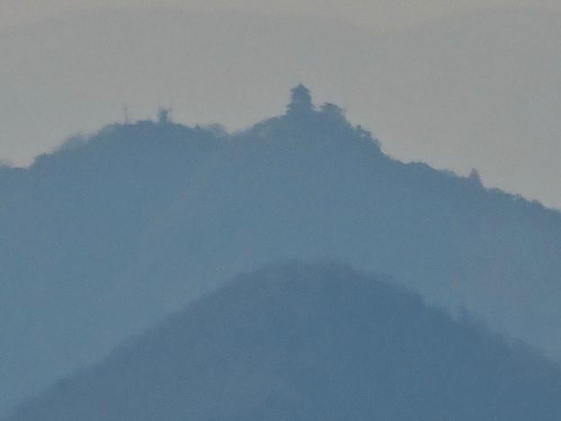 写真: 犬山城から見た金華山と岐阜城 - 12