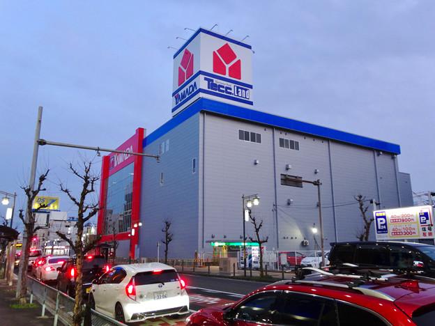 建物の外観がほとんど完成してた、ヤマダ電機テックランド春日井店(2017年3月25日) - 3