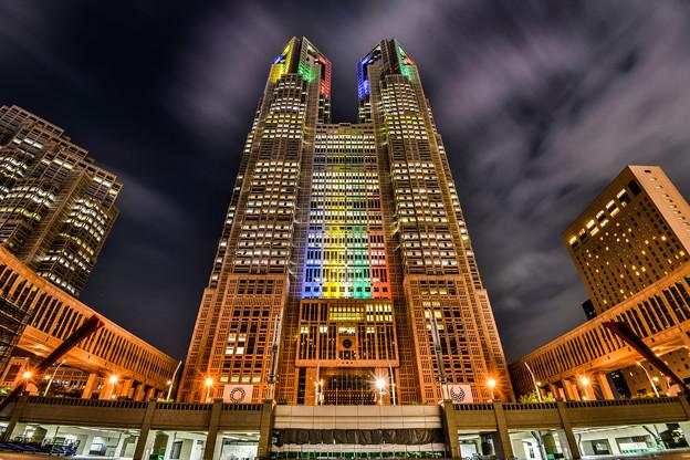 都庁 オリンピックライトアップ