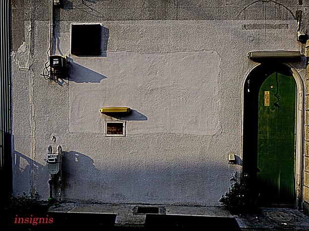 緑の扉.......
