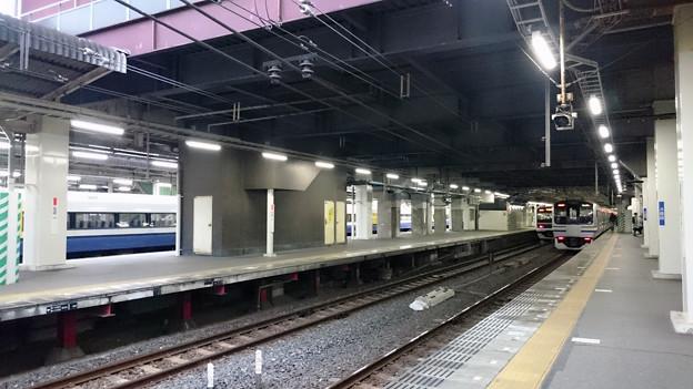 様々な電車 (255系, 209系2000/2100番台, E217系) [JR 千葉駅]
