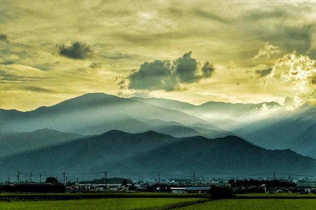 神の宿る山々