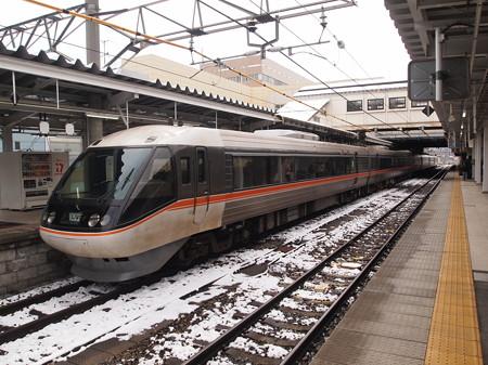 383系特急しなの 信越本線長野駅