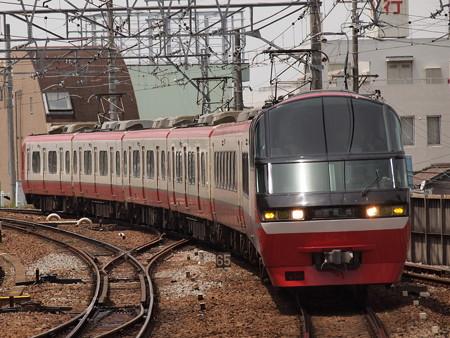名鉄1000系特急    名古屋本線東岡崎駅01