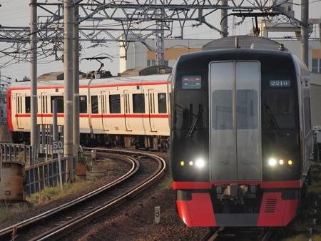 名鉄2200系特急 名鉄名古屋本線東枇杷島駅