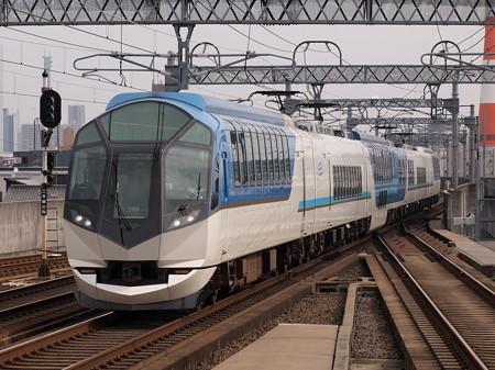 近鉄50000系しまかぜ 近鉄名古屋線八田駅01
