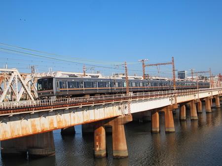 207系普通    東海道本線新大阪~大阪04
