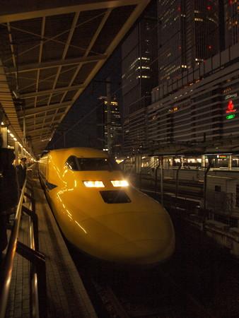 ドクターイエロー 東海道新幹線名古屋駅03