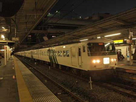 185系回送 東北本線大宮駅