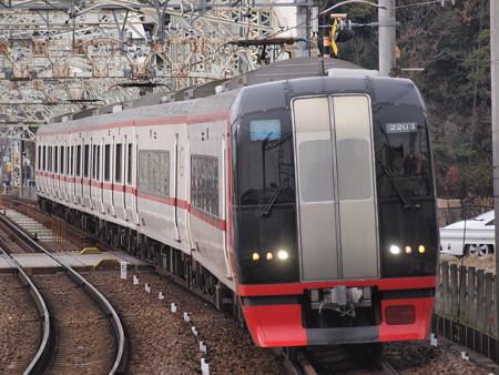 名鉄2200系特急 名鉄犬山線犬山遊園駅