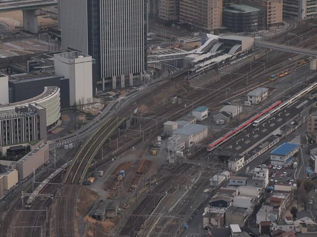 近鉄23000系特急とキハ75快速みえ 近鉄名古屋線名古屋~米野01